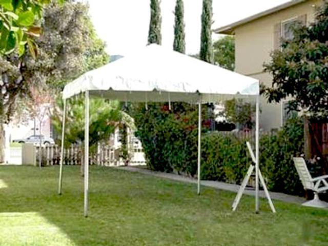 10x10 Tent Rentals